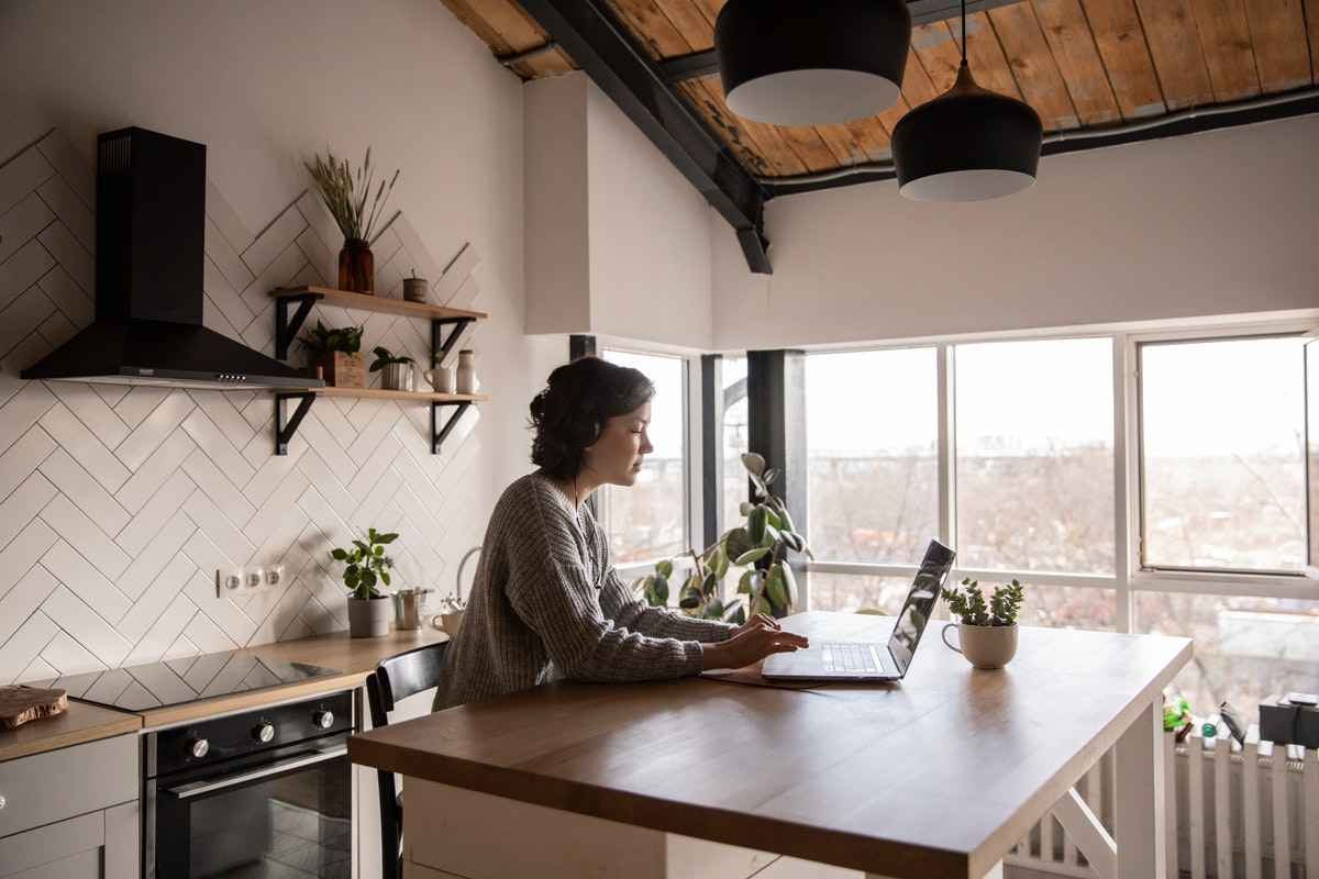 Four Reasons to Choose an Apartment that is Close to Your Work