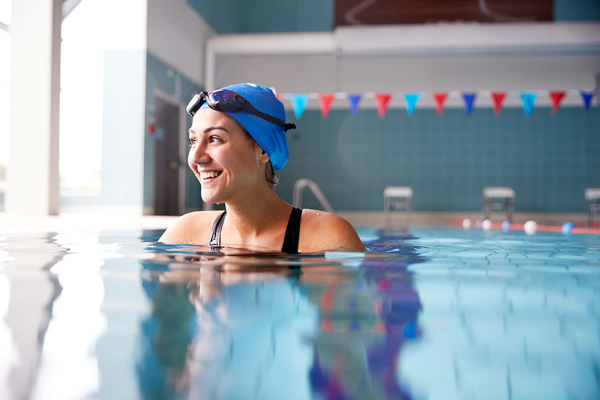 Four Exercises You Can Do in Your Apartment Swimming Pool