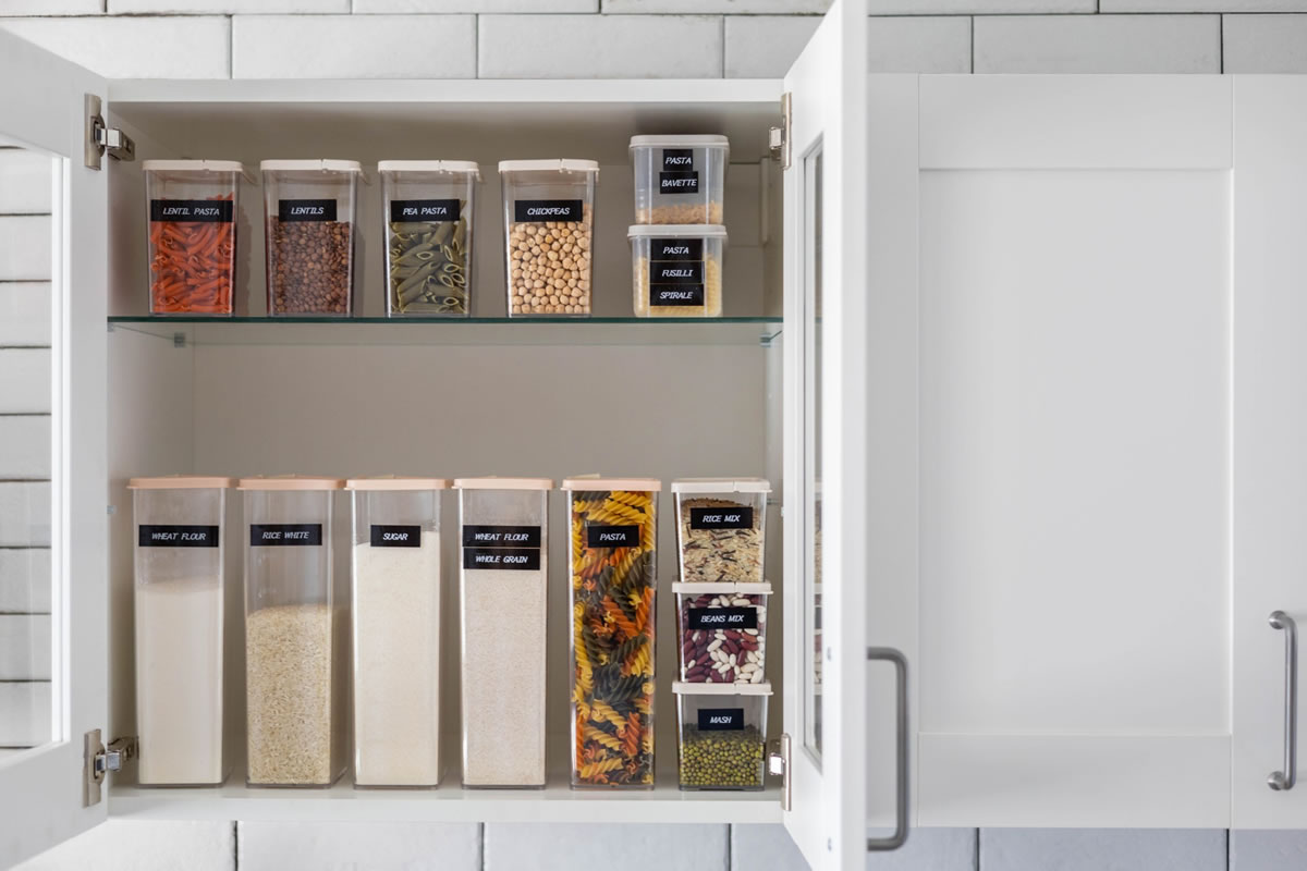 Six Food Storage Hacks for Your Apartment Kitchen