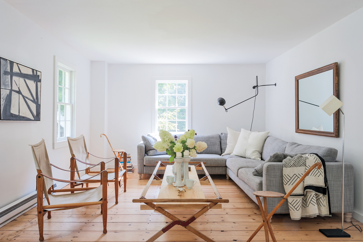 Tips to Make a Small Room Appear Larger
